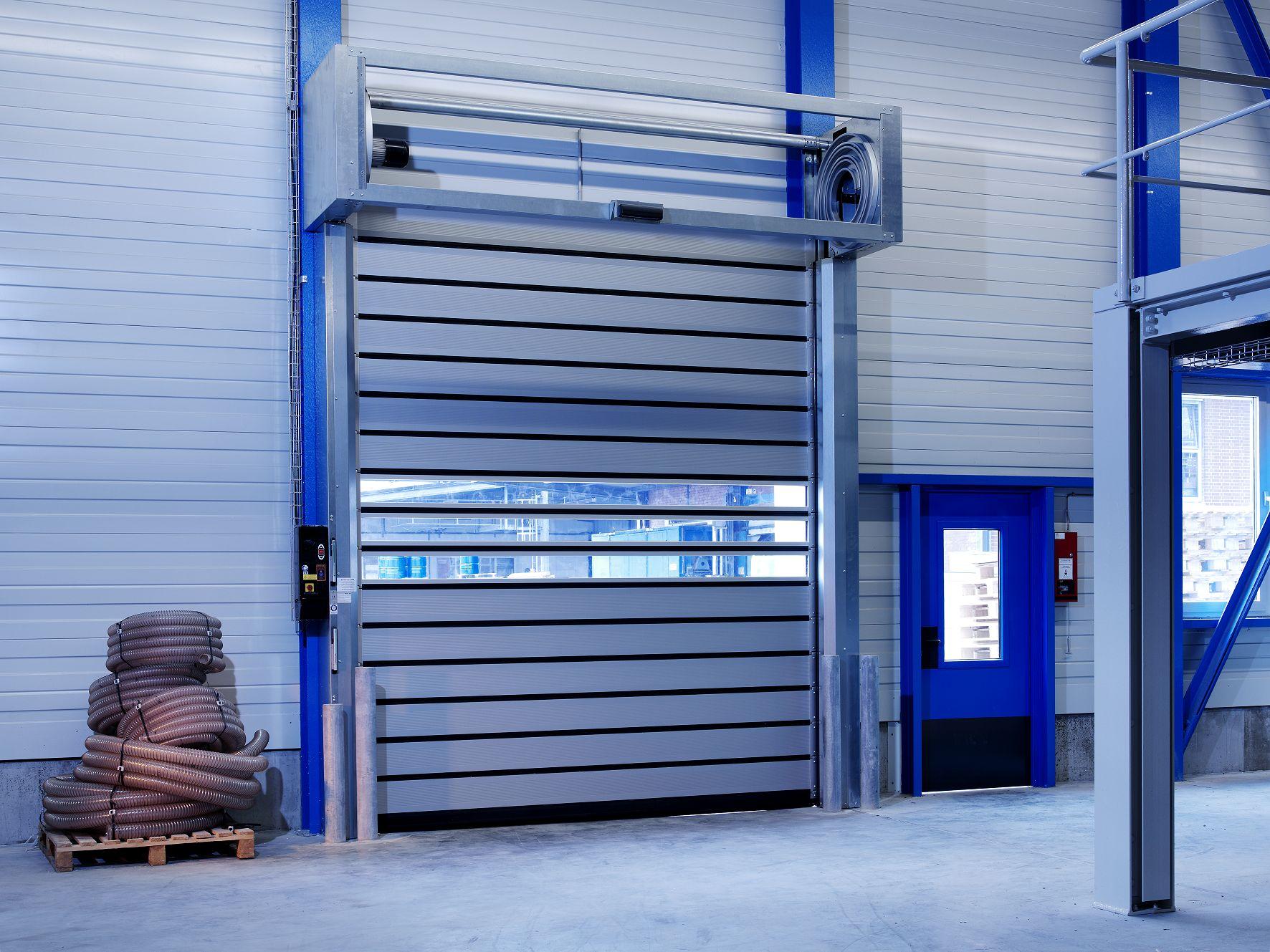 Промышленные секционные ворота ProTrend